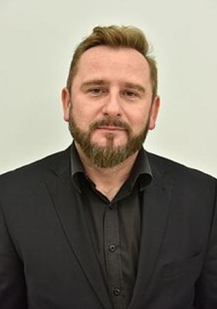 Piotr Liroy Marzec zamiast Janusza Korwina Mikkego w grupie Task Force #R