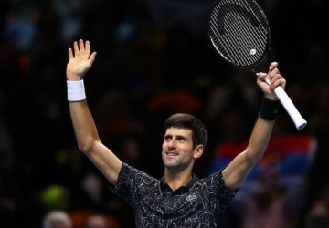 Help for Novak Djokovic!